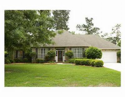 Single Family Home Sold: 719 Winterberry Dr