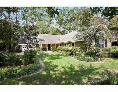 Single Family Home Sold: 408 Heavens Dr