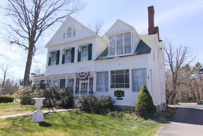 Lenox Single Family Home For Sale: 17 Main St