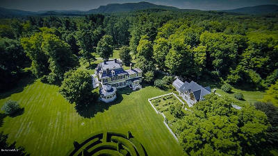 Berkshire County Single Family Home For Sale: 2 Glendale Middle Rd