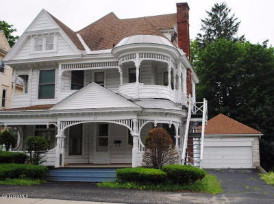 North Adams Single Family Home For Sale: 413 Church St
