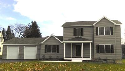 Dalton Single Family Home For Sale: 39 Falls Brook Ter