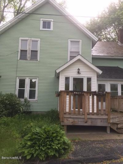 North Adams Single Family Home For Sale: 30 Whitman St