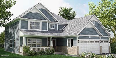Great Barrington Single Family Home For Sale: 14 Thrushwood Ln