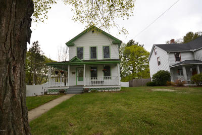 Dalton Single Family Home For Sale: 130 High St