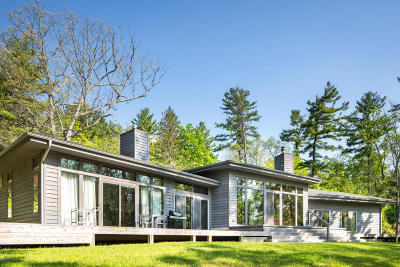 Great Barrington Single Family Home For Sale: 15 Berkshire Heights Rd