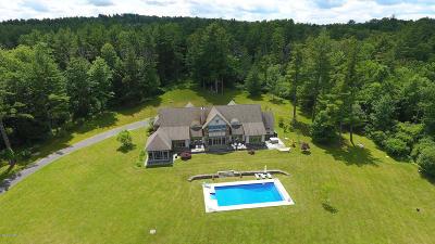 Great Barrington Single Family Home For Sale: 27 Hemlock Rd