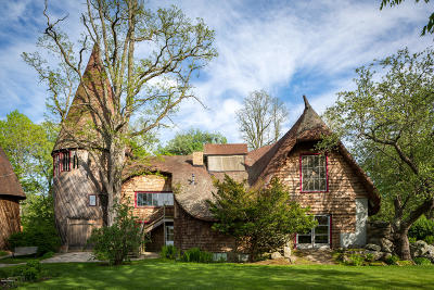 Berkshire County Single Family Home For Sale: 75-77 Main Rd