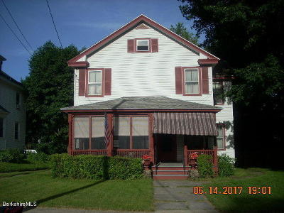 Single Family Home For Sale: 15 Hollister St