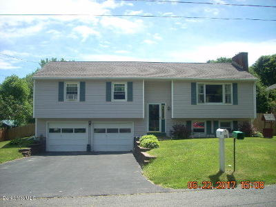 Dalton MA Single Family Home For Sale: $299,900