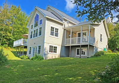 Berkshire County Single Family Home For Sale: 93 Stebbins Rd