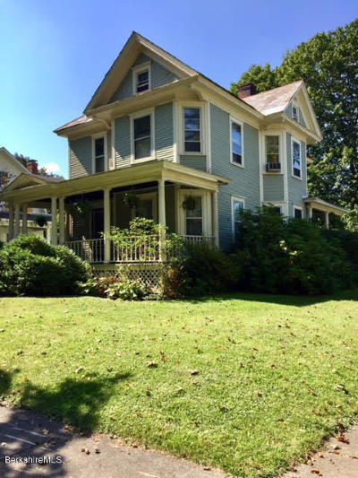 North Adams Single Family Home For Sale: 101 Marion Ave