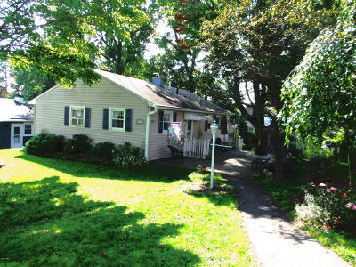 Pittsfield MA Single Family Home For Sale: $140,000