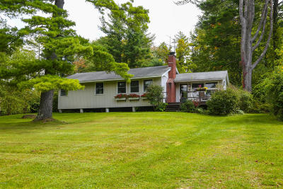 Berkshire County Single Family Home For Sale: 8 Mahkeenac Ter