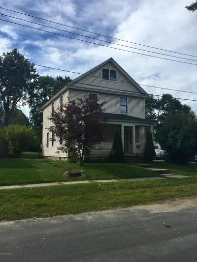 Pittsfield Single Family Home For Sale: 17 Harold St