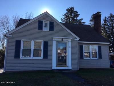 Pittsfield Single Family Home For Sale: 332 Dalton Ave