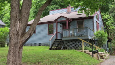 Alford, Becket, Egremont, Great Barrington, Lee, Lenox, Monterey, Mt Washington, New Marlborough, Otis, Sandisfield, Sheffield, South Lee, Stockbridge, Tyringham, West Stockbridge Single Family Home For Sale: 33 Grove St