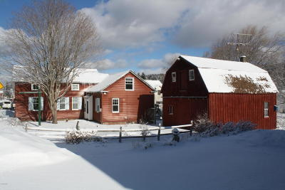 Berkshire County Single Family Home For Sale: 33 South Main Rd
