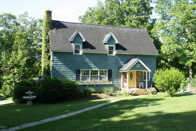 Berkshire County Single Family Home For Sale: 953 West Center Rd