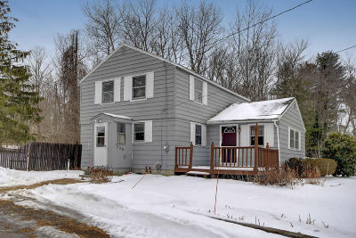 Hinsdale MA Single Family Home For Sale: $149,336