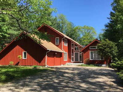 Lenox Single Family Home For Sale: 41 Pine Knoll Rd
