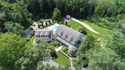 Berkshire County Single Family Home For Sale: 11 Londonderry Dr