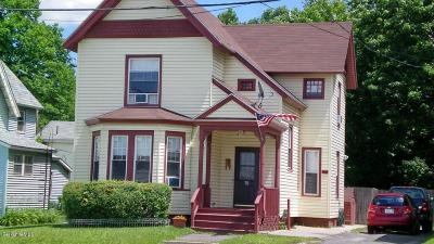 Pittsfield Single Family Home For Sale: 75 Center St