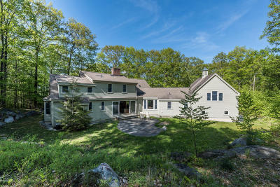 Great Barrington Single Family Home For Sale: 13 East Mountain Rd