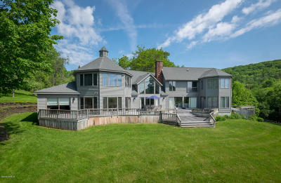 Adams, Clarksburg, Florida, New Ashford, North Adams, Savoy, Williamstown Single Family Home For Sale: 121 Treadwell Hollow Rd