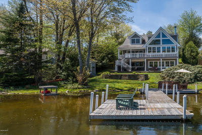 Hinsdale MA Single Family Home For Sale: $1,050,000
