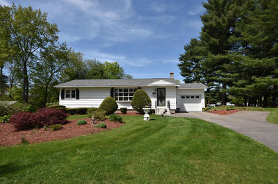 Pittsfield MA Single Family Home For Sale: $212,000