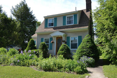 Pittsfield MA Single Family Home For Sale: $169,000