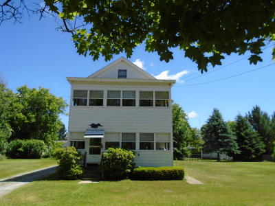 Pittsfield MA Single Family Home For Sale: $138,000