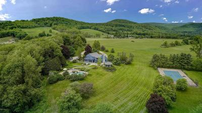 Berkshire County Single Family Home For Sale: 60 Old Cheshire Rd