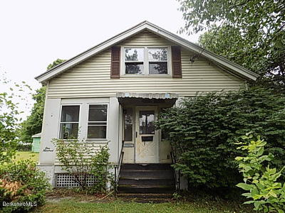 Pittsfield MA Single Family Home For Sale: $65,500