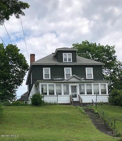 Pittsfield Single Family Home For Sale: 112 Brown St