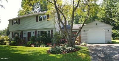 Pittsfield Single Family Home For Sale: 639 Hancock Rd