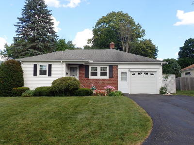 Pittsfield Single Family Home For Sale: 84 Lillian St