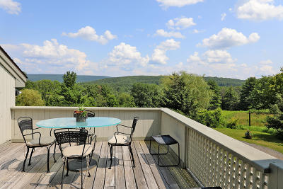 Alford, Becket, Egremont, Great Barrington, Lee, Lenox, Monterey, Mt Washington, New Marlborough, Otis, Sandisfield, Sheffield, South Lee, Stockbridge, Tyringham, West Stockbridge Single Family Home For Sale: 5 Woodruff Rd