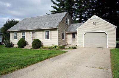 Pittsfield Single Family Home For Sale: 185 Highland Ave