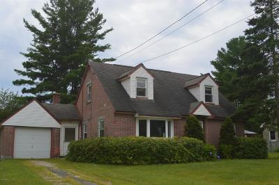 Pittsfield MA Single Family Home For Sale: $194,000