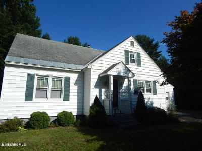 Pittsfield MA Single Family Home For Sale: $219,000