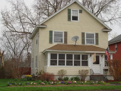 Pittsfield MA Single Family Home For Sale: $155,000