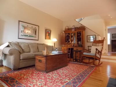 Pittsfield MA Condo/Townhouse For Sale: $359,000