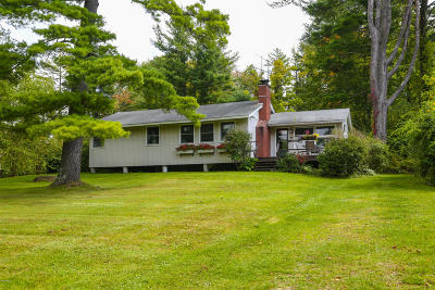 Berkshire County Single Family Home For Sale: 8 Mahkeenac Ter