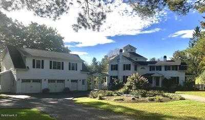 Lee Single Family Home For Sale: 165 Stockbridge Rd