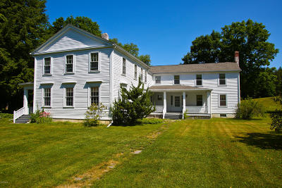Berkshire County Single Family Home For Sale: 410 Swamp Rd