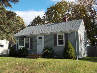 Pittsfield MA Single Family Home For Sale: $129,000