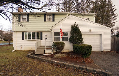 Pittsfield Single Family Home For Sale: 5 Sampson Pkwy
