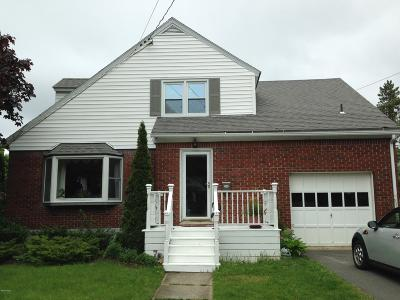 Pittsfield Single Family Home For Sale: 115 Sampson Pkwy